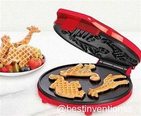 themed waffle maker dinosaur waffles parksandrec waffles pinterest