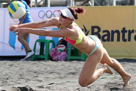 Bonia Tangga Silver usa cuba and canada in the women s semifinals at guatemala