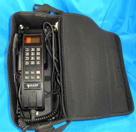 motorola cellular one cell phone bag phone type scn2396a
