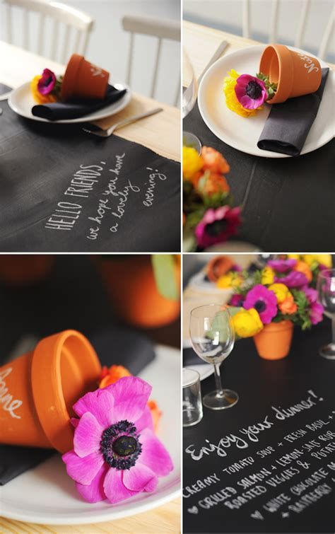 diy chalkboard runner chalkboard table runner with colorful flowers decoist