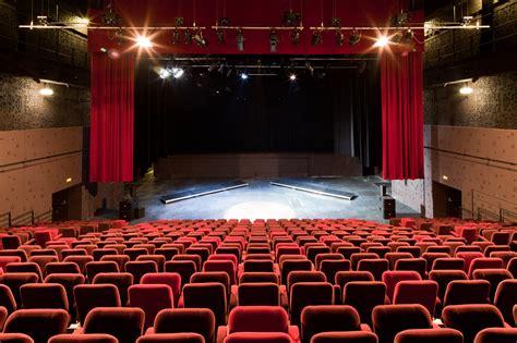 schuur zevenbergen gallery of theatre 95 gpaa 8