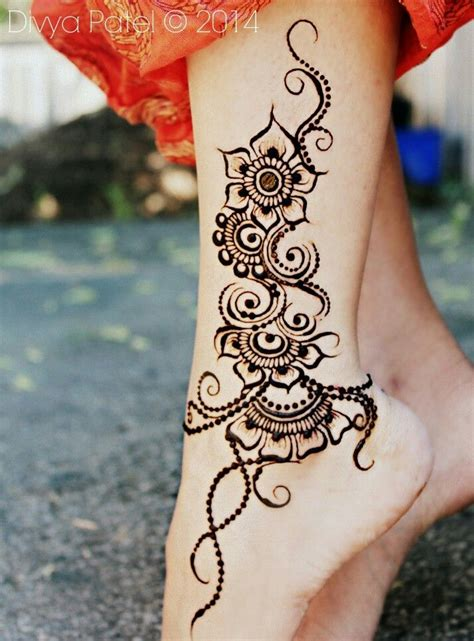 hena tattoo design 25 best ideas about henna foot on foot