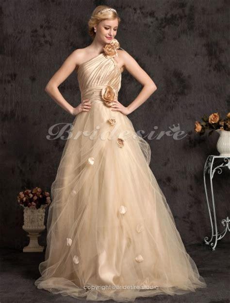 Mouza Senza Gamis Size Xl come identificare la silhouette di abiti da sposa stile