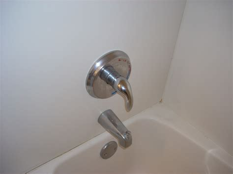 repair bathtub faucet how to replace a single handle bathtub faucet yourself