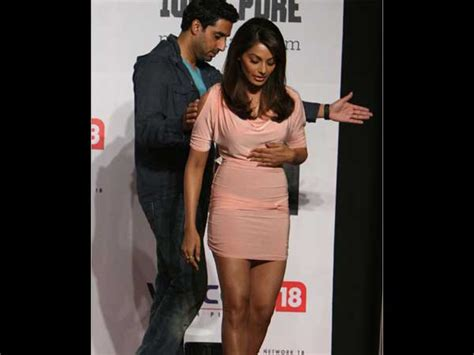 aishwarya rai tall tall dark handsome check out some unseen pictures of