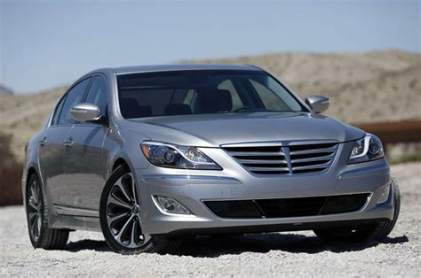 2012 genesis specs 2013 hyundai genesis reviews autoblog and new car test drive