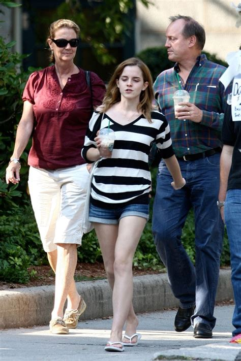 emma watson dad emma watson beauty hd wallpapers and biography daungy