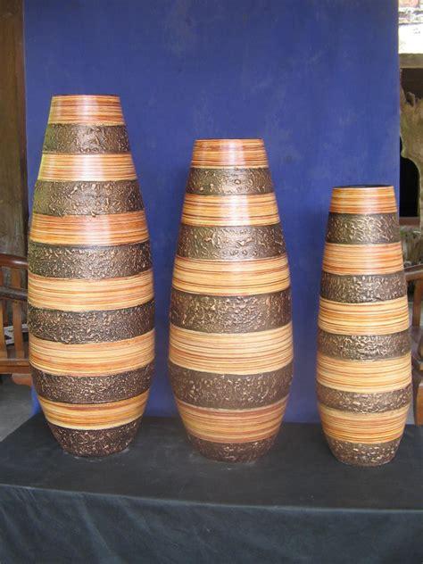 Guci Hias Gold Medium guci set 3 serat kayu souveniryogya