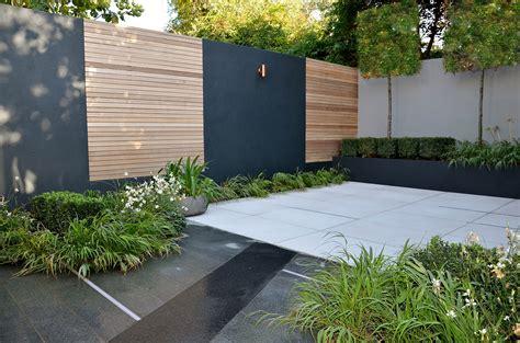 courtyard garden design modern courtyard garden design london cat howard garden