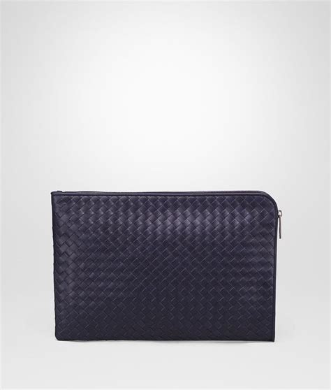 Pouch Bottega Veneta Document Intrecciato Vn Small Hitam So7462 bottega veneta 174 atlantic intrecciato vn document