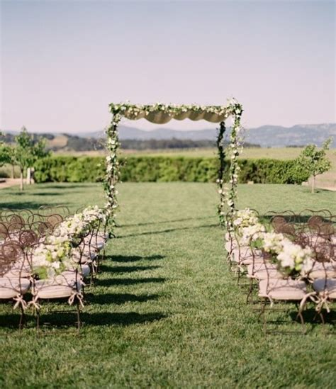 27 amazing backyard wedding ceremony decor ideas