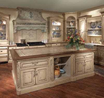 old world style kitchen cabinets best 25 old world kitchens ideas on pinterest old world