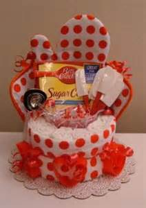 House Warming Wedding Gift Idea by 1000 Ideas About Candy Gift Baskets On Pinterest Candy
