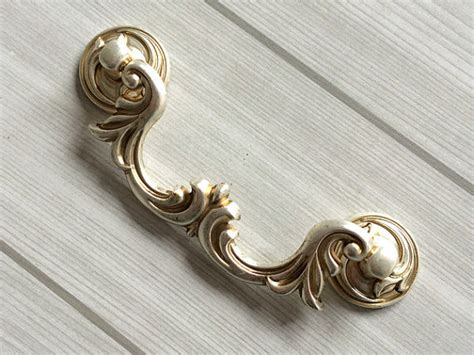 4 1 4 Drawer Pulls by 4 1 4 Dresser Pulls Drawer Pull Handles Antique By Lynnshardware
