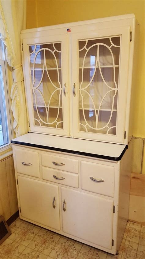 Keystone Kitchen Cabinets 25 Best Ideas About Cabinet Companies On Pinterest Pull Out Bin Trash Company And Standing
