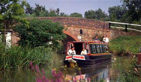 boating holidays england canal boat hire england uk canal boat holidays uk boat hire holiday boats