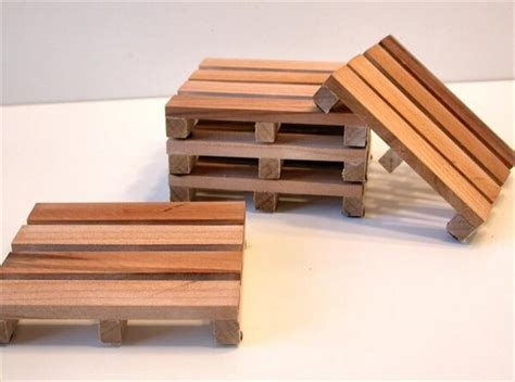 How To Make Pallet Furniture by How To Make Wooden Pallet Coasters Pallet Furniture Diy