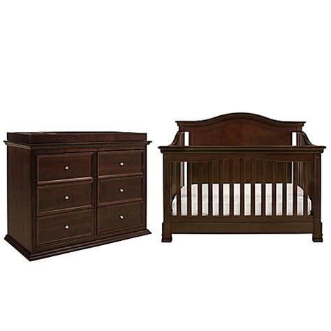 Million Dollar Baby Classic 3 Piece Louis Nursery Bundle Baby Crib Bundle Set