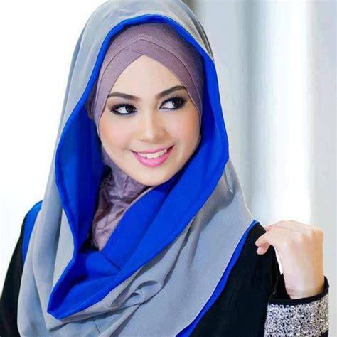 tutorial hijab segi empat warna hitam hijab segi empat 2 warna untuk pesta dan pilihan gaya