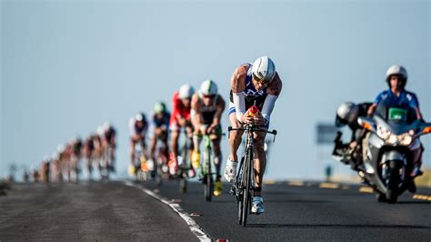 worlds elite triathletes battle hawaiis