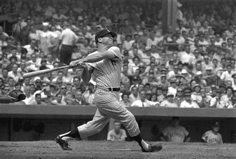 best right handed swing in baseball mickey mantle wallpapers wallpaper cave