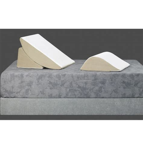 sit up pillows for bed bed wedge 3 piece sit up pillow system at brookstone buy now
