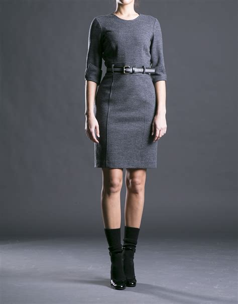 fitted gray dress with belt roberto verino