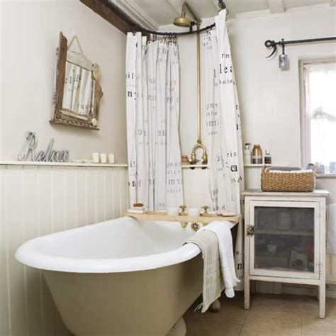 small bathroom organization ideas the country chic cottage un zocalo en el cuarto de ba 241 o quot el regreso quot decoratualma