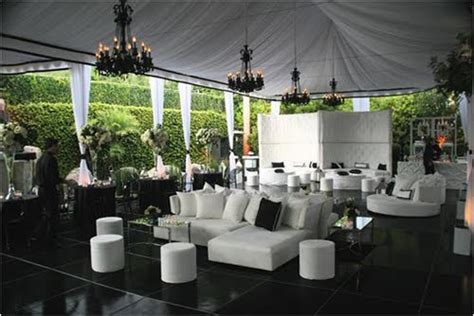 tent wedding layout ideas theme weddings tents chandeliers