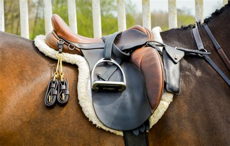 comfortable horse saddles is a leather saddle more comfortable
