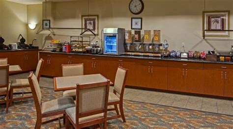 comfort inn and suites cape canaveral airport shuttle 1 night country inn suites cape