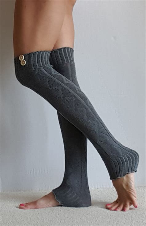 Sweater Button Diamon Grey Ab leg warmers in grey with buttons pattern