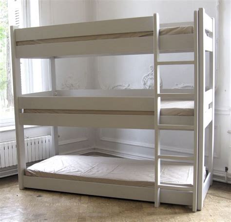 triple bunk beds litera triple childrooms pinterest triple bunk