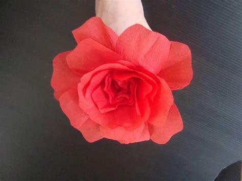 come costruire un fiore di carta fiore di carta fiori di carta come realizzare un fiore