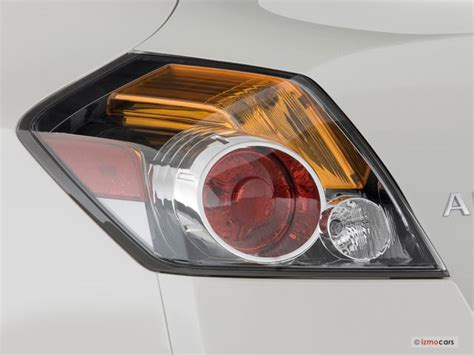 2009 nissan altima brake light 2009 nissan altima hybrid pictures tail light u s news