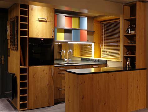 porte de cuisine en bois brut myqto