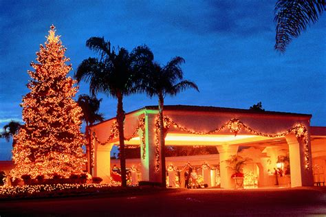 Best Christmas Display Of Lights In Homes In Orange County Lights Orange County Ca