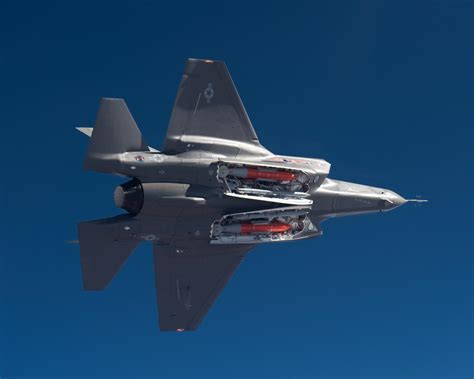 F 35 Lighting Ii by F35 Weapon Bay