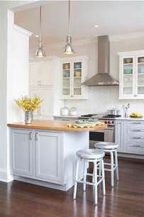 ideas for small kitchens 25 best ideas about small kitchen designs on