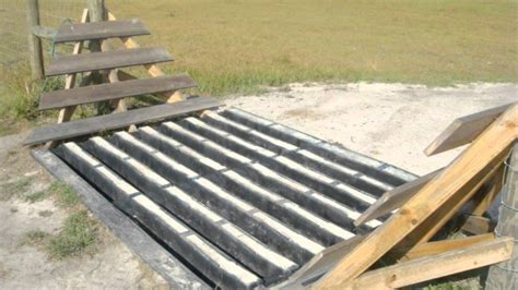 how to a cattle to work cattle how do cattle guards work