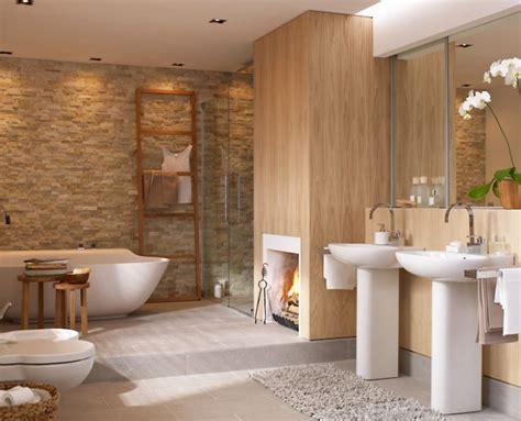 indirektes licht im badezimmer kamin neben der badewanne bad liebe und steinwand