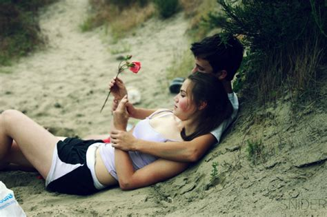 hot couple wallpaper romance wallpaper s for mobile and pc romantic couple wallpapers