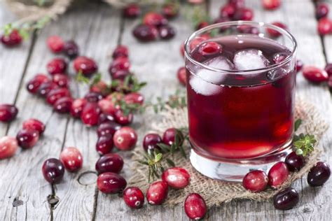 Does Cranberry Juice Detox Your Kidneys by How To Detox Or Cleanse The Kidneys And Liver Livestrong