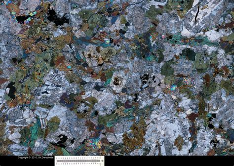 hornblende in thin section hibolite thin section