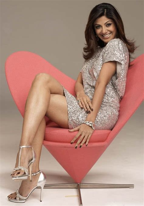777 best images about hot celebrities on pinterest sexy celebrity legs shilpa shetty s1hilpa pinterest