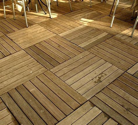 piastrelle in legno per esterni pavimento in legno per esterno bricolageonline net