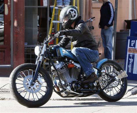 Jaket Persib By Brandpitt by Brad Pitt Motorcycle Helmet Brad Pitt Helmets Looks