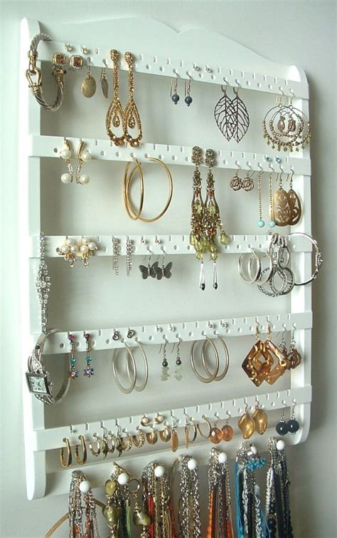 Handmade Jewelry Display - organize your pretties jewelry displays try handmade