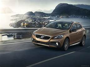 Volvo Country Volvo V40 Cross Country 2013 Car Wallpaper 21 Of