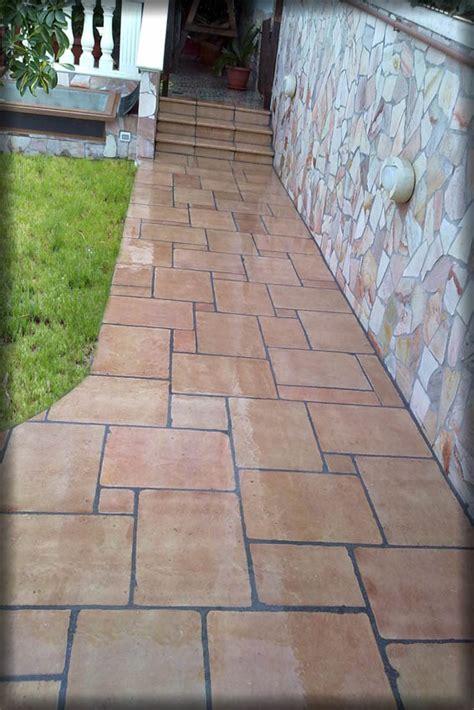 pavimenti in pietra naturale prezzi pavimento in cotto in pietra naturale prezzi per